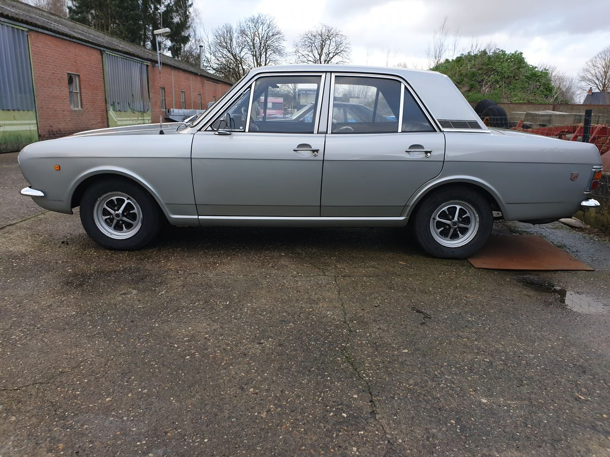 Ford Cortina 1600GT (10)