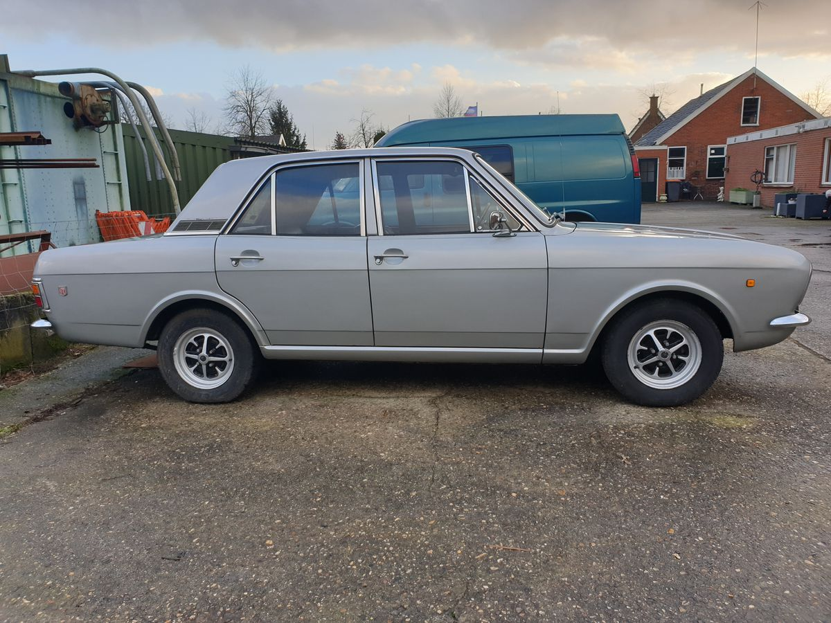 Ford Cortina 1600GT (15)
