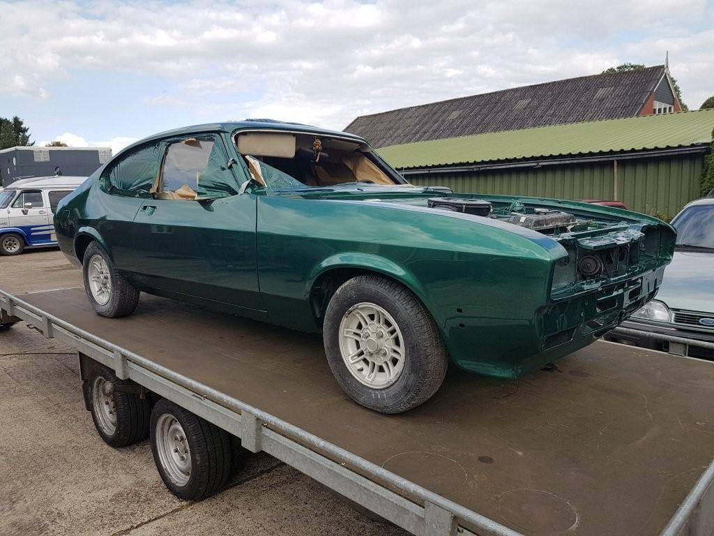 ford capri apollo green 2.3s automatic (2)